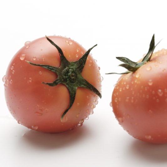 トマトの下ごしらえ